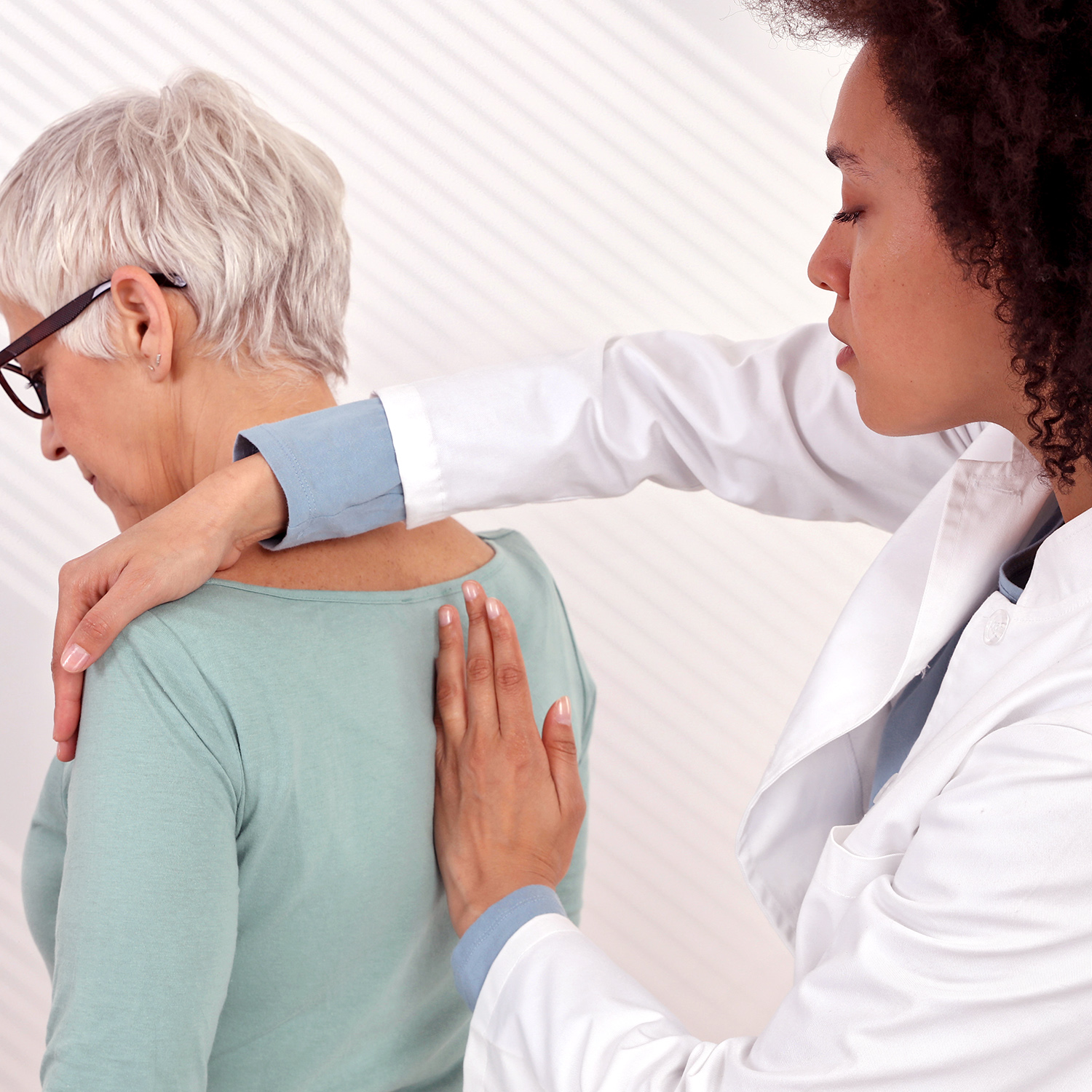 chiropractic spinal manipulation_gettyimages-1141753224_square.jpg