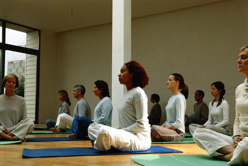 yoga_class_seated.jpg